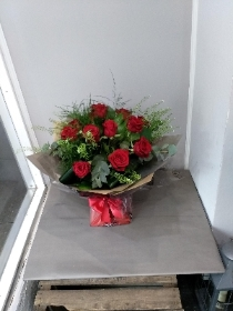 12 Naomi Red Rose Bouquet